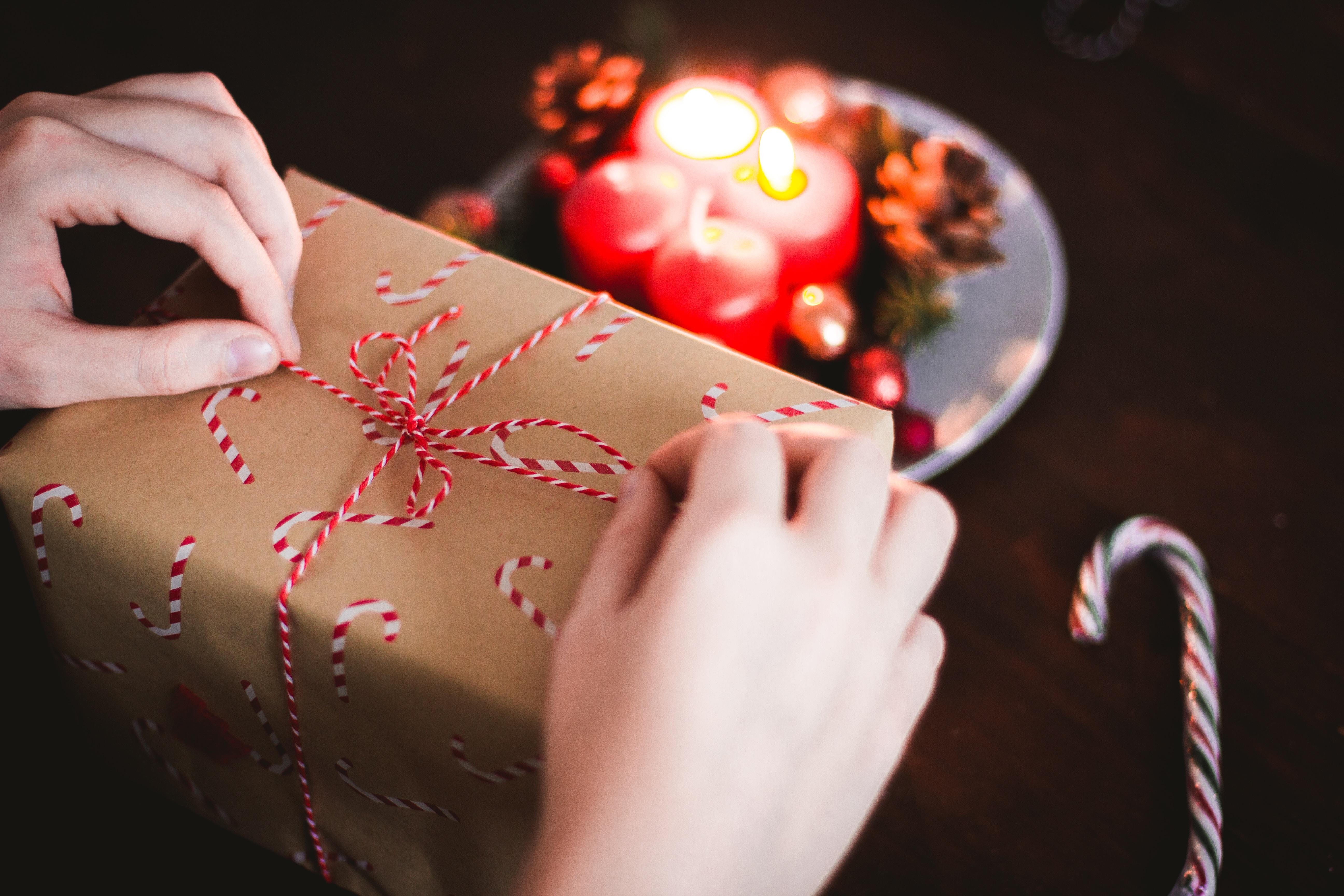 彼女へのクリスマスプレゼントは予算から決めよう