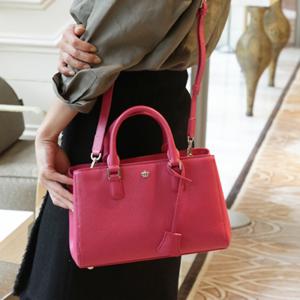 50代の女性に人気、傳濱野(でんはまの)のレディースバッグ