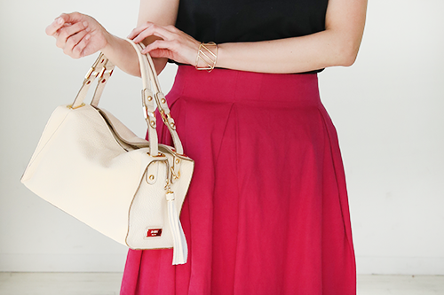 30代女性の休日やプライベートの普段使いバッグは、大人カジュアルなものを