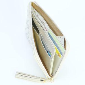 使いやすい大容量の長財布