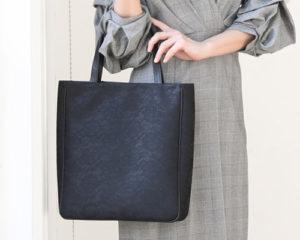 お受験バッグにふさわしい傳濱野のフォーマルトートシック